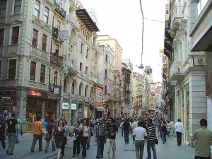 Istiklal_Avenue_in_Istanbul