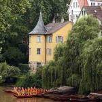 Tübingen_Neckar_Hölderlinturm